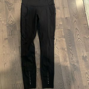 Lululemon size 2 running tights